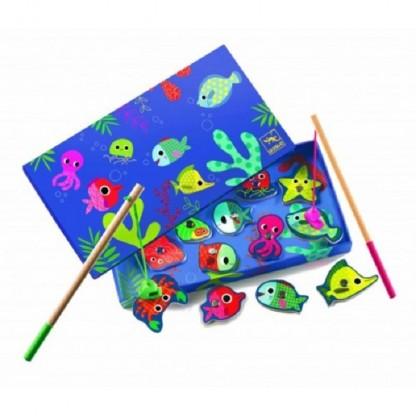 Joc de pescuit magnetic pesti colorati Djeco, de la 2 ani